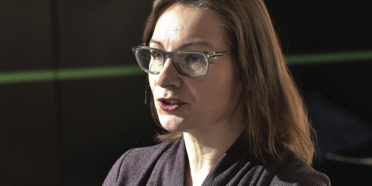 Helen Dowsey, Nest