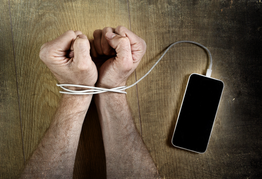 Aviva's PMI policy extended to cover tech-driven addictions